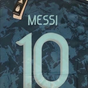 Lionel Messi #10 Argentina Jersey - Small